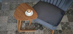 Odkládací stolek TRIANGLE