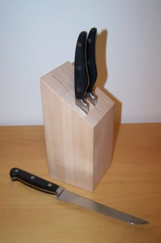 Blok na nože C/10 buk