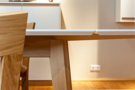 Jídelní rozkládací stůl ONTUR 35 - detail