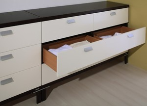 05 chest of drawers Porte